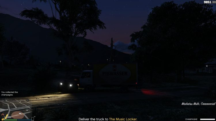 Image showing the Champagne truck during the Palms Trax mission in GTA Online.